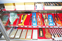 工具・電動工具の新居商店は工具・電動工具・建築資材・金物充実