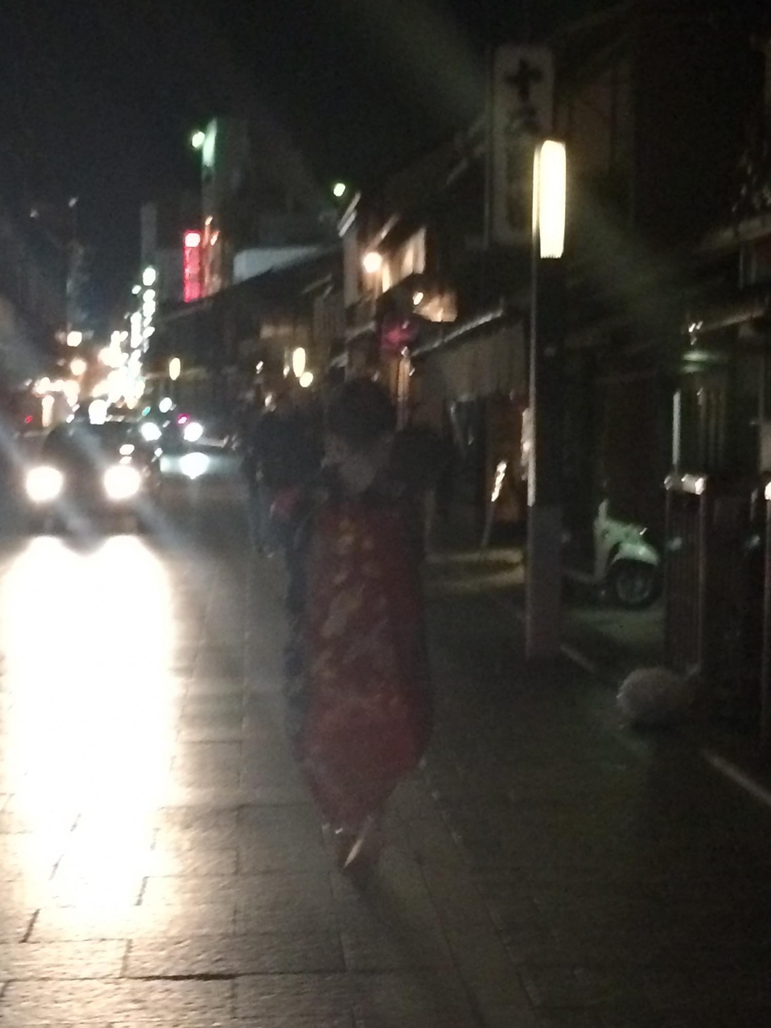 京都の街を案内されながら…