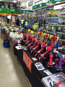 新居商店 年末工具フェア 工具をたくさん取り揃えております!