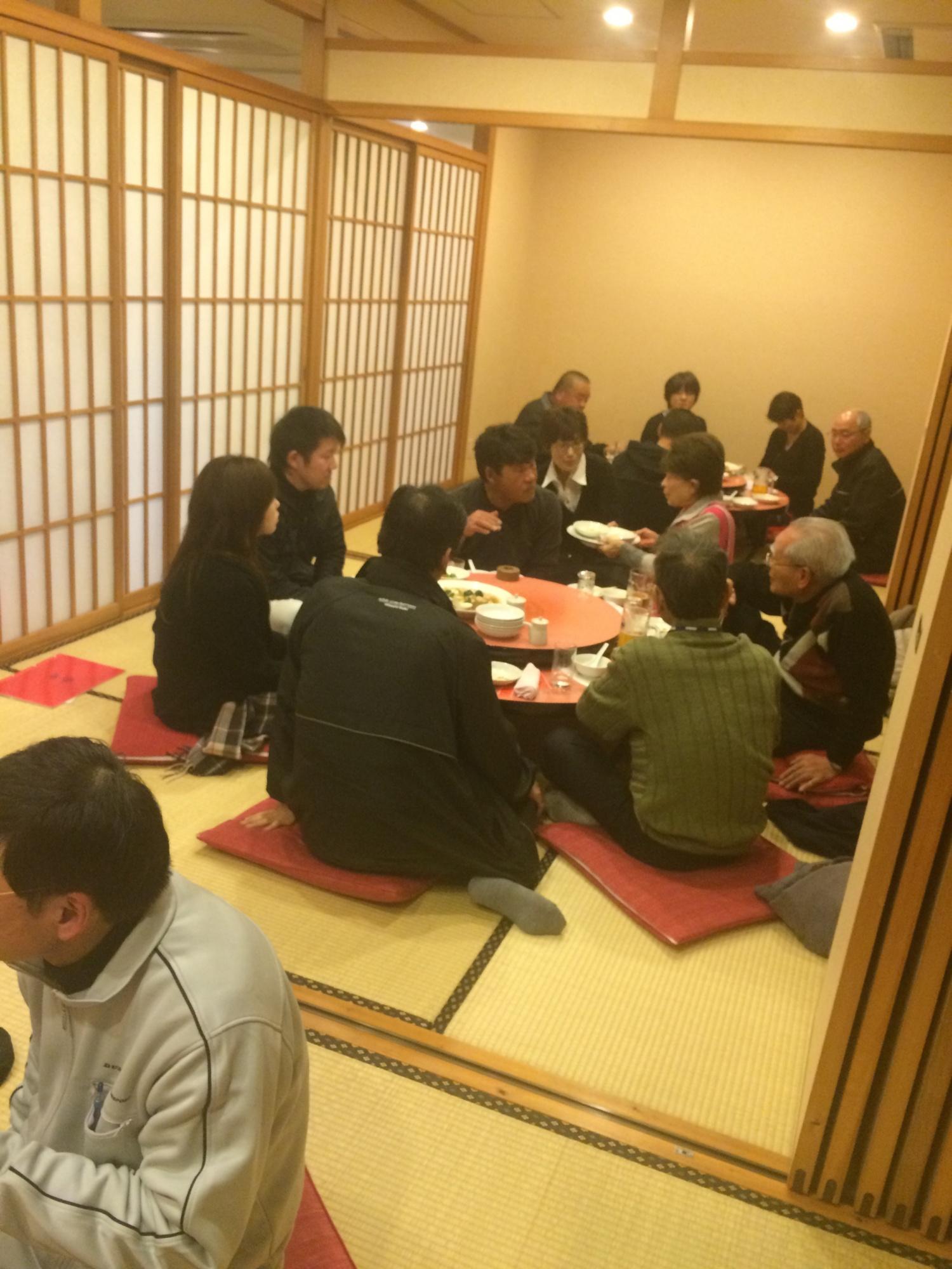 大分県中津市の工具・カーポート新居商店で新年会!