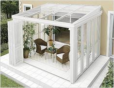 ガーデンルーム暖蘭家族 ウッドデッキ、テラス仕様の床にできます。